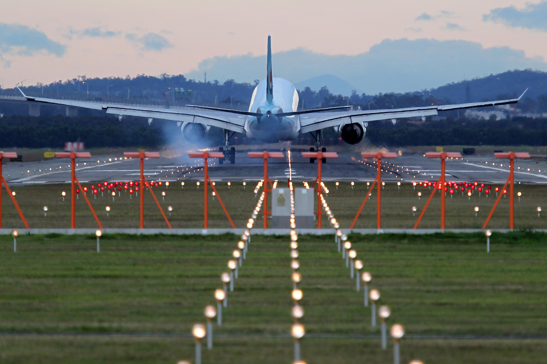 an-a330-lands-at-brisbane-airport